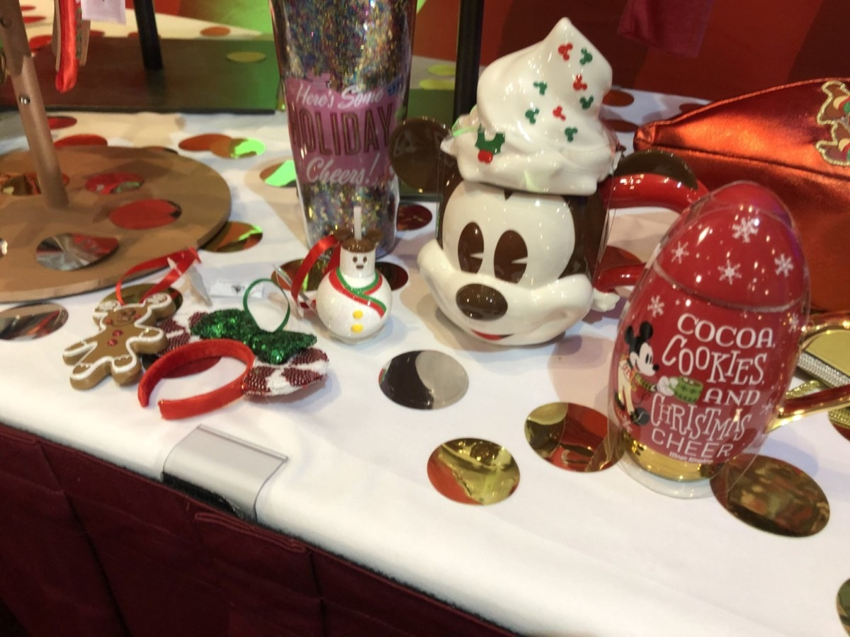NEW Festive Merchandise Coming to WDW for the Christmas Season! #DisneyHolidays 5