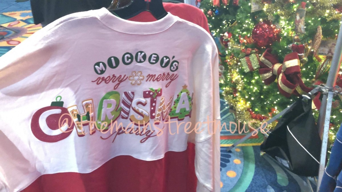 NEW Festive Merchandise Coming to WDW for the Christmas Season! #DisneyHolidays 8