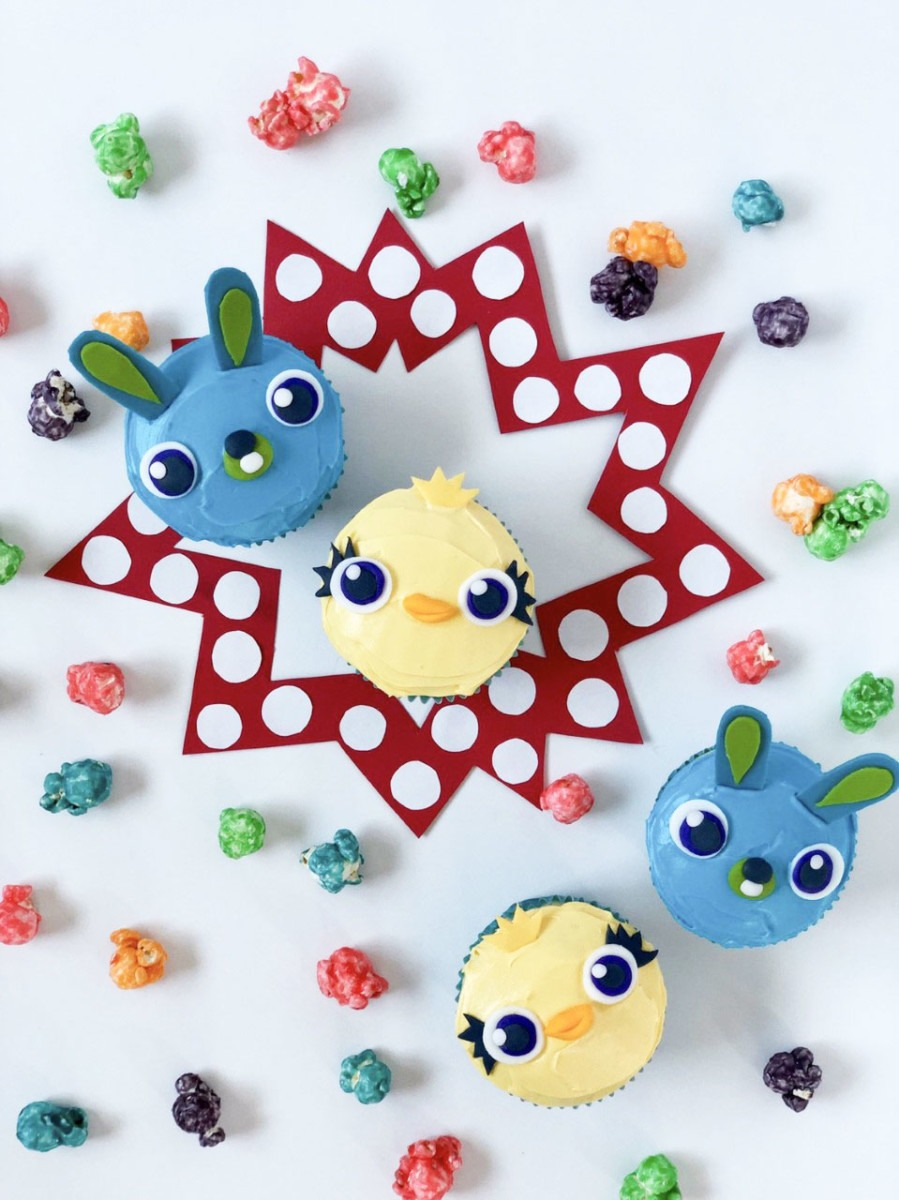 Make Your Own Ducky and Bunny Cupcakes! #ToyStory4 1