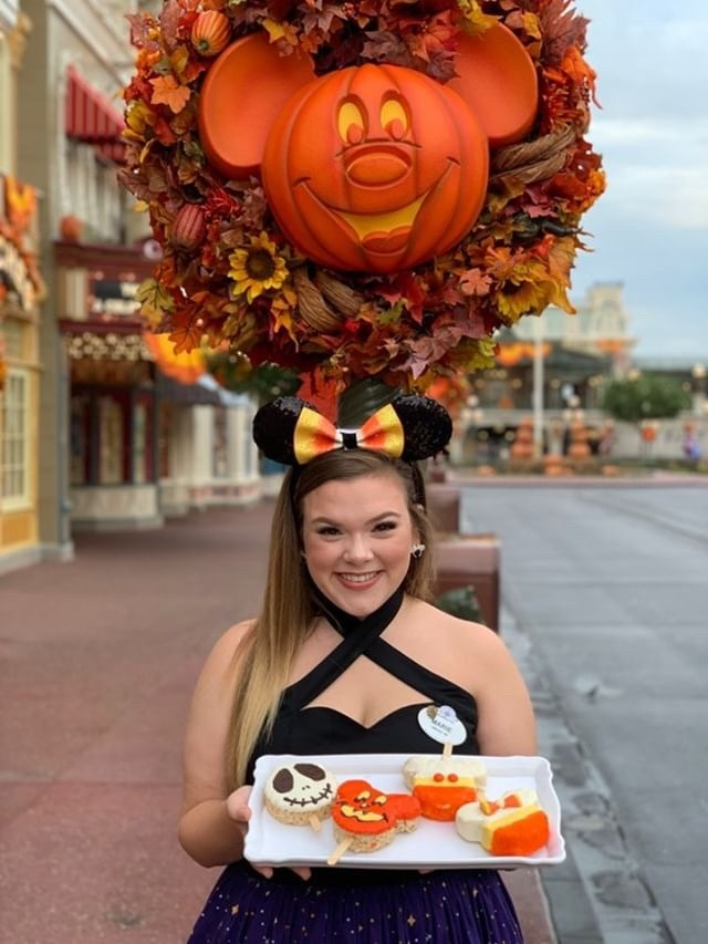 Take A Peek at the Spooky New Snacks Offered at The Confectionery, Magic Kingdom! 3