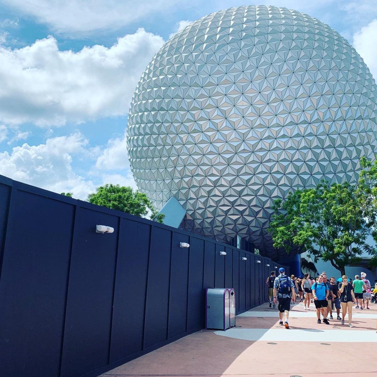 What's Different at Epcot's Food and Wine Festival? Get the scoop! #tasteepcot 1
