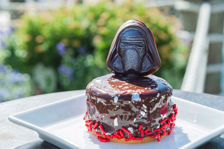 The Dark Side Dessert from Disney's Yacht & Beach Club Resort
