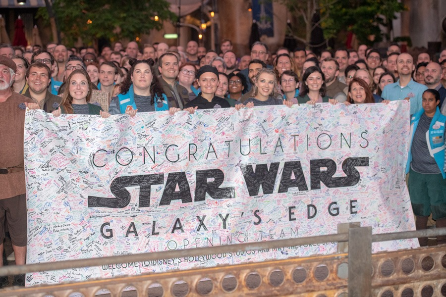 Opening Team of Star Wars: Galaxy's Edge