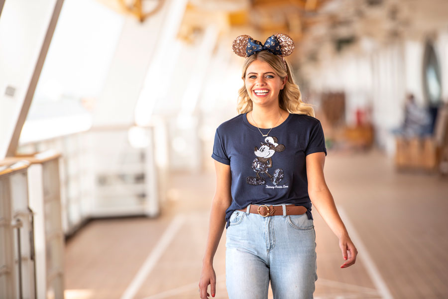 Disney Cruise Line Nautical Navy Collection - t-shirt and Minnie ear headband