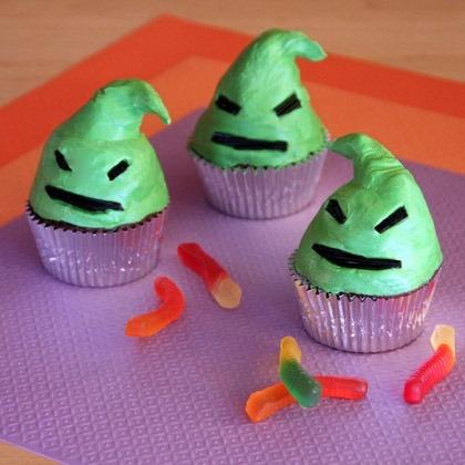 Oogie Boogie Halloween Cupcakes! 2