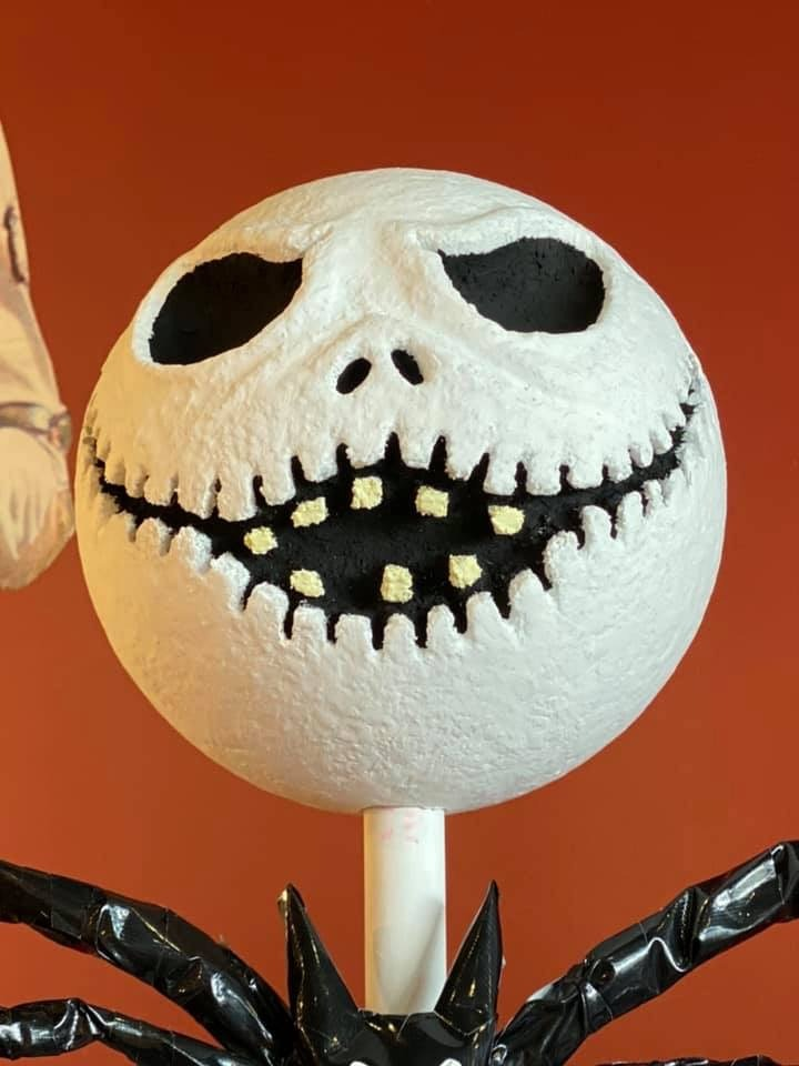 This is Halloween... at the Salon! Amazing Nightmare Before Christmas Decor! 7