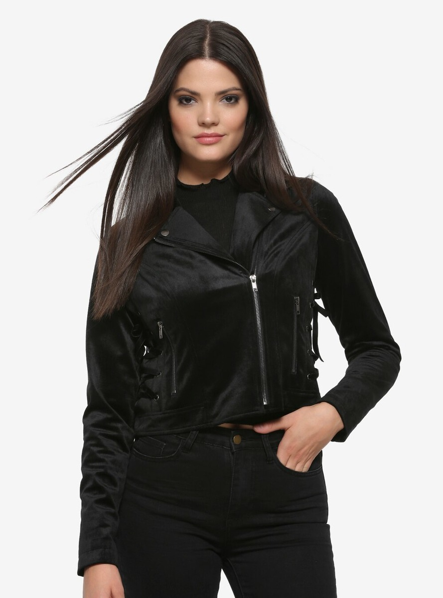 New Maleficent Fashion from Hot Topic & Torrid! 4