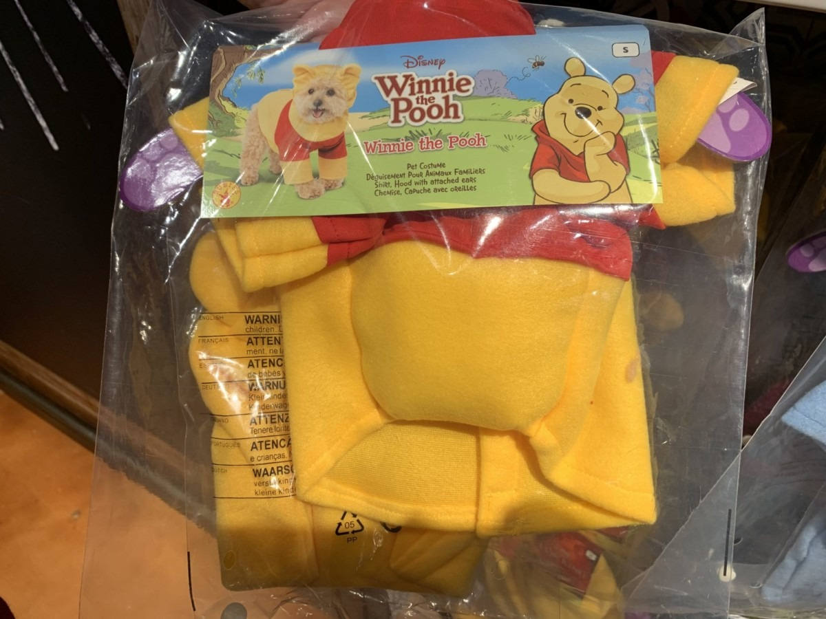 Dog Costumes & More at the Co Op, Disney Springs! 4