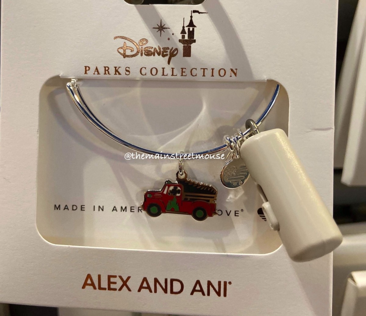 Disney Holiday Alex and Ani Bracelets are Here! #disneystyle 5