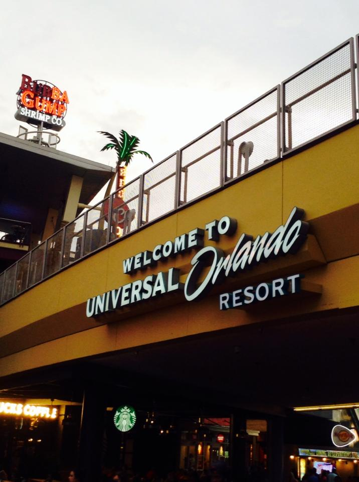 NYC man sues NBC Universal over 'unlimited' soda cup refill promotion at Orlando Parks #offTMSM 1