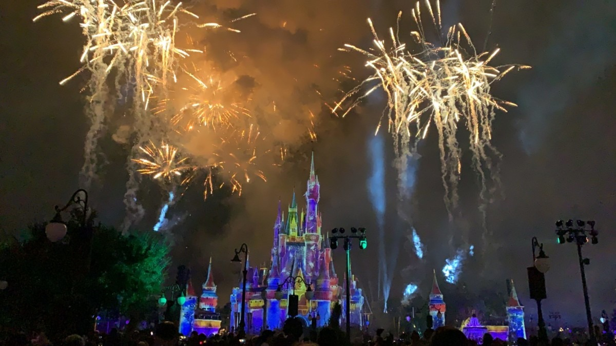 Photos from Mickey's Very Merry Christmas Party! #DisneyHolidays 9