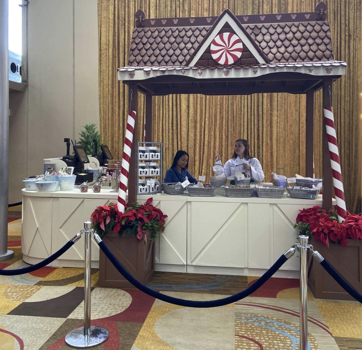 The Gingerbread Display is up at Disney's Contemporary Resort! #disneyholidays 4