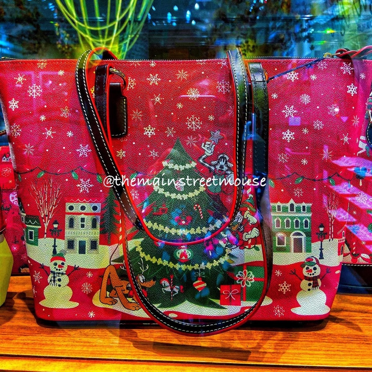 The Holiday Disney Dooney & Bourke Bags are Available Friday! 1