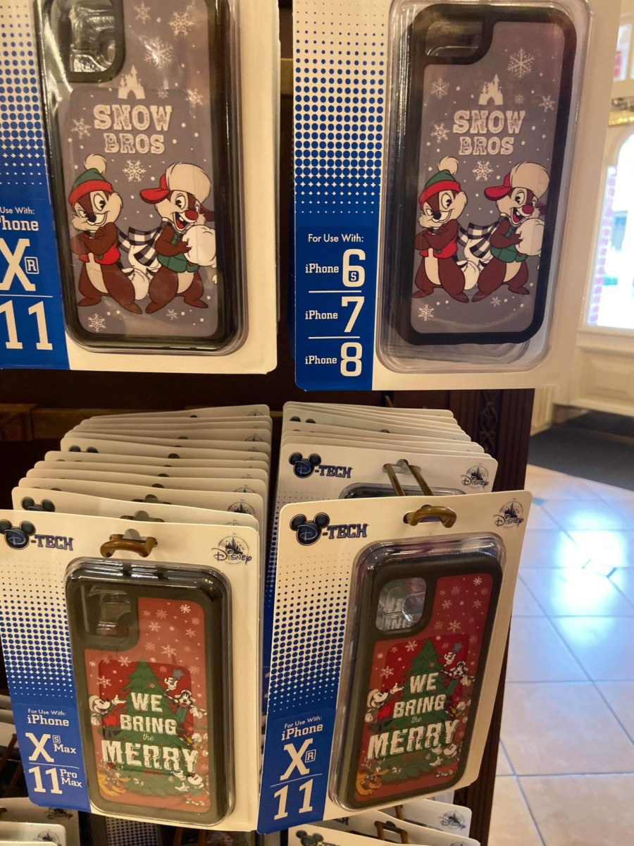 New Holiday Phone Cases from Disney Parks! #disneyholidays 3