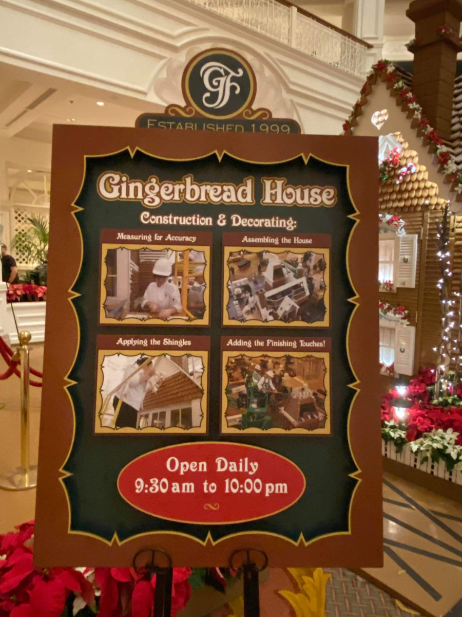 See Photos of the Gingerbread House at Disney's Grand Floridian Resort! #disneyholidays 4