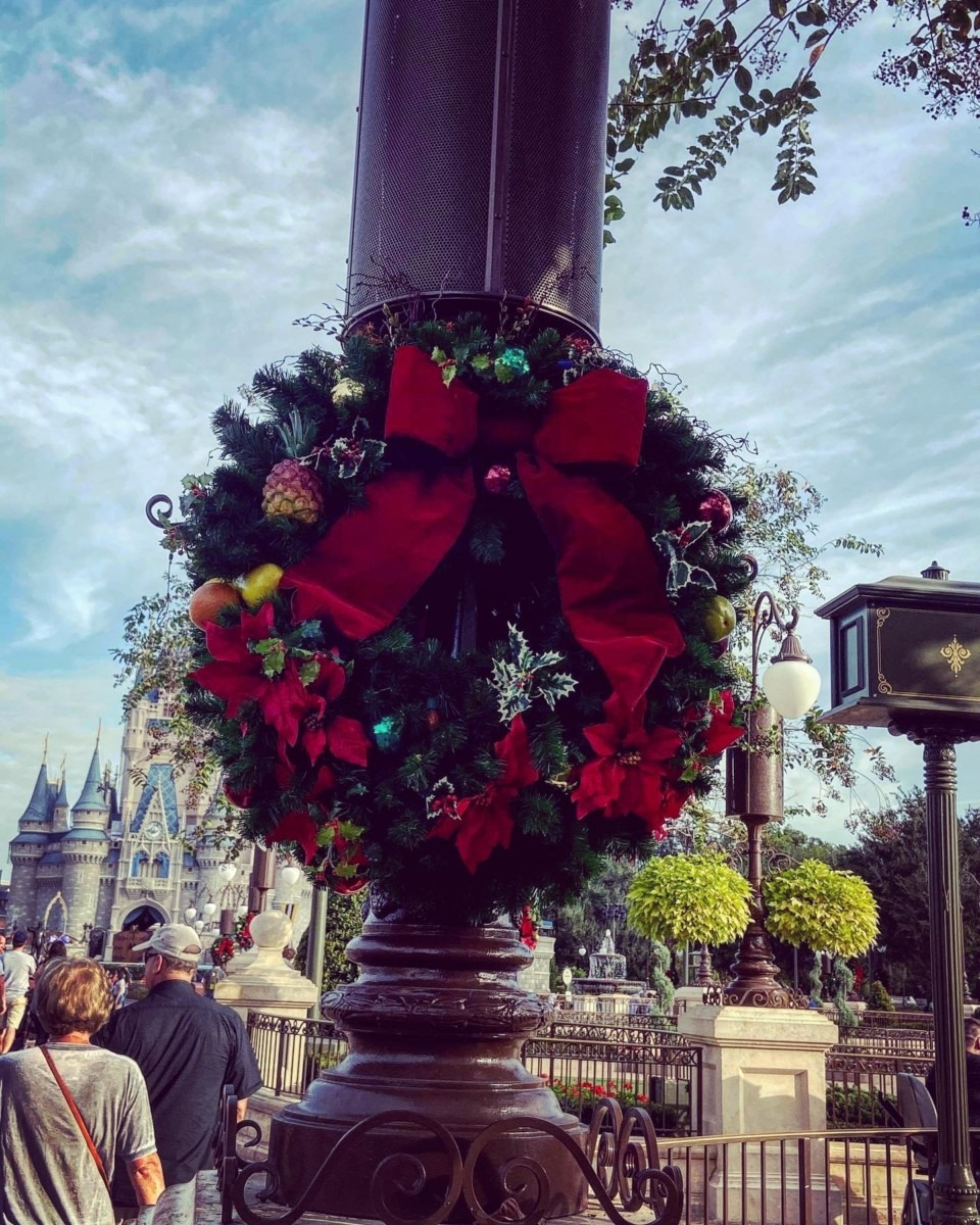 Christmas is Here at Disney's Magic Kingdom! #disneyholidays 10