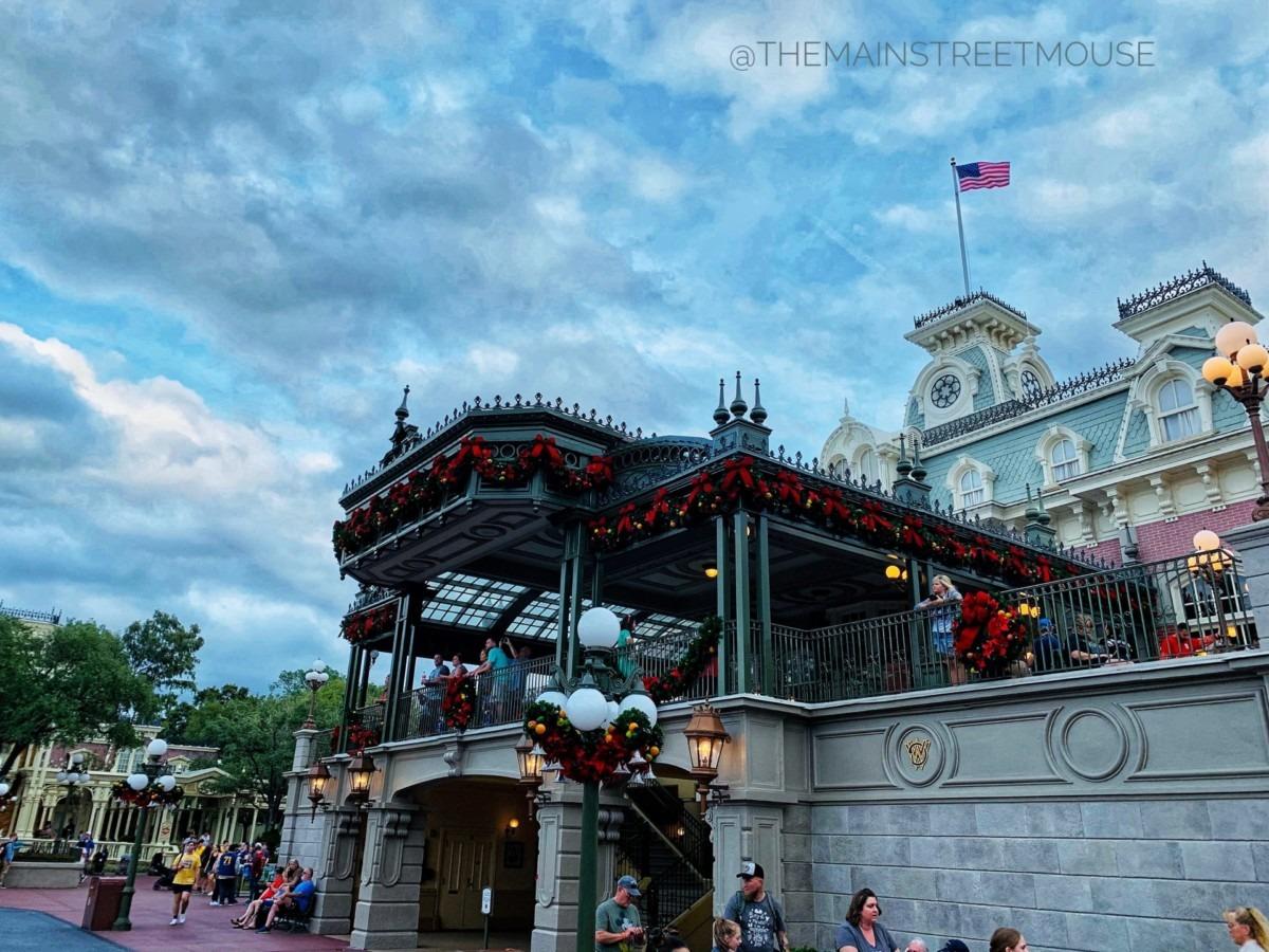 Christmas at the Magic Kingdom! #disneyholidays 2