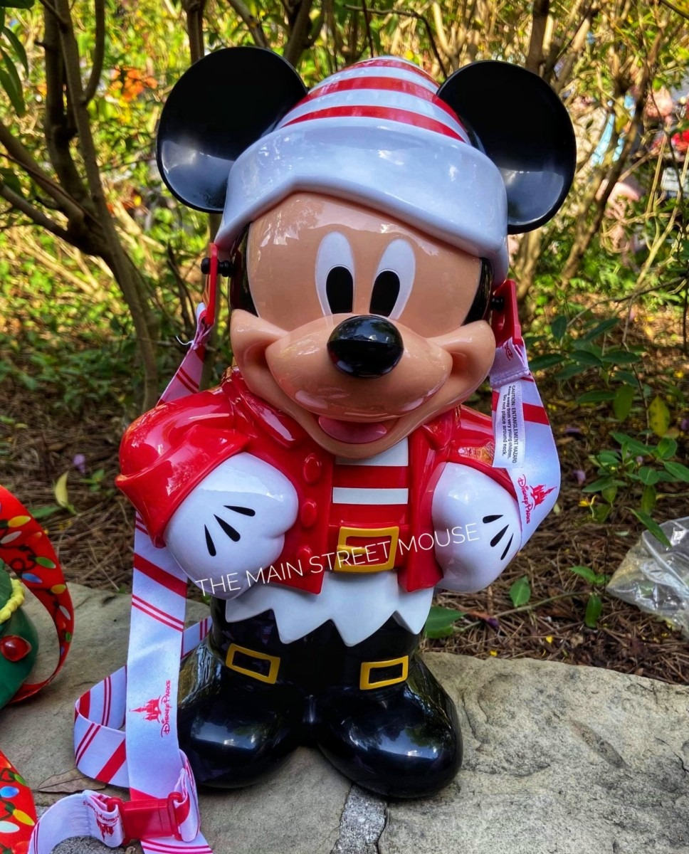 Two New Holiday Popcorn Buckets at Disney Parks! 3