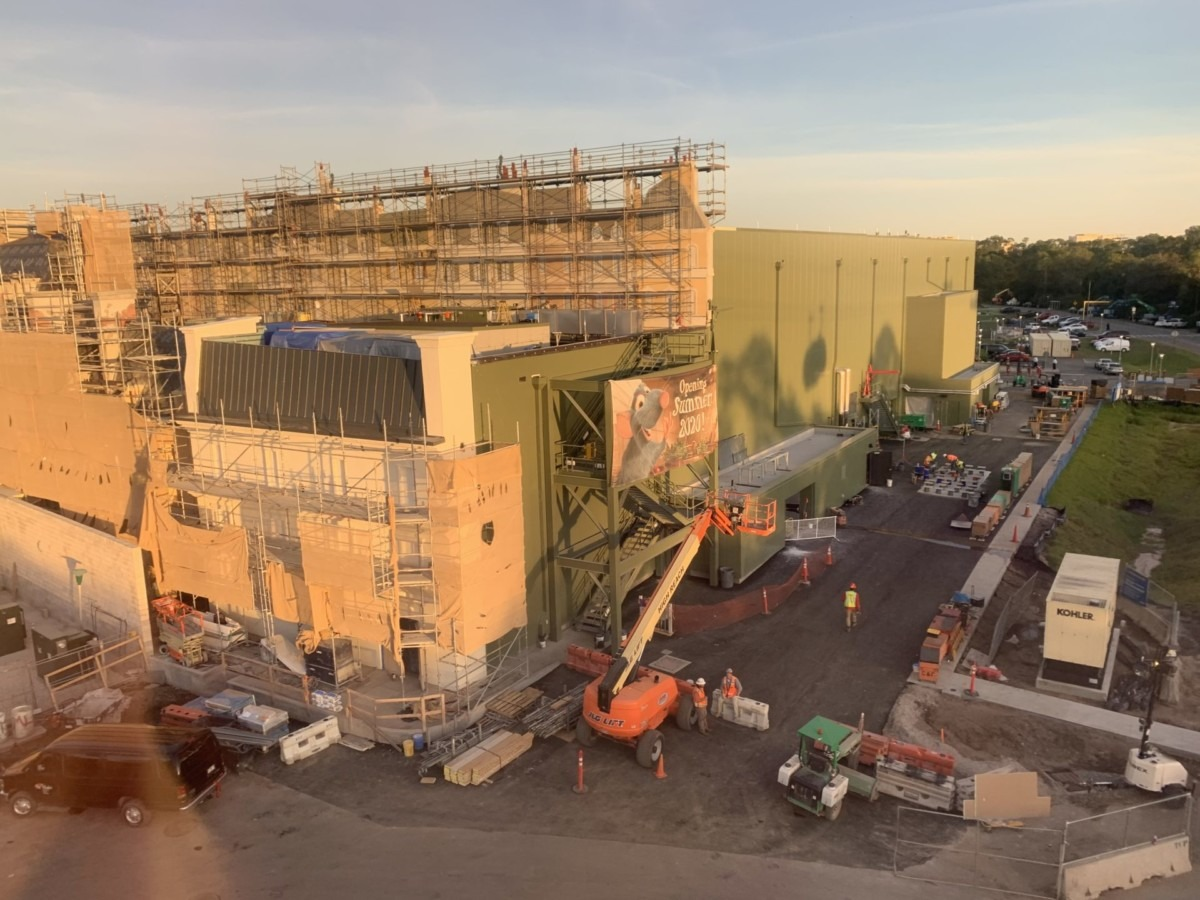 Construction Update for the Ratatouille Attraction at Epcot (pics) 3