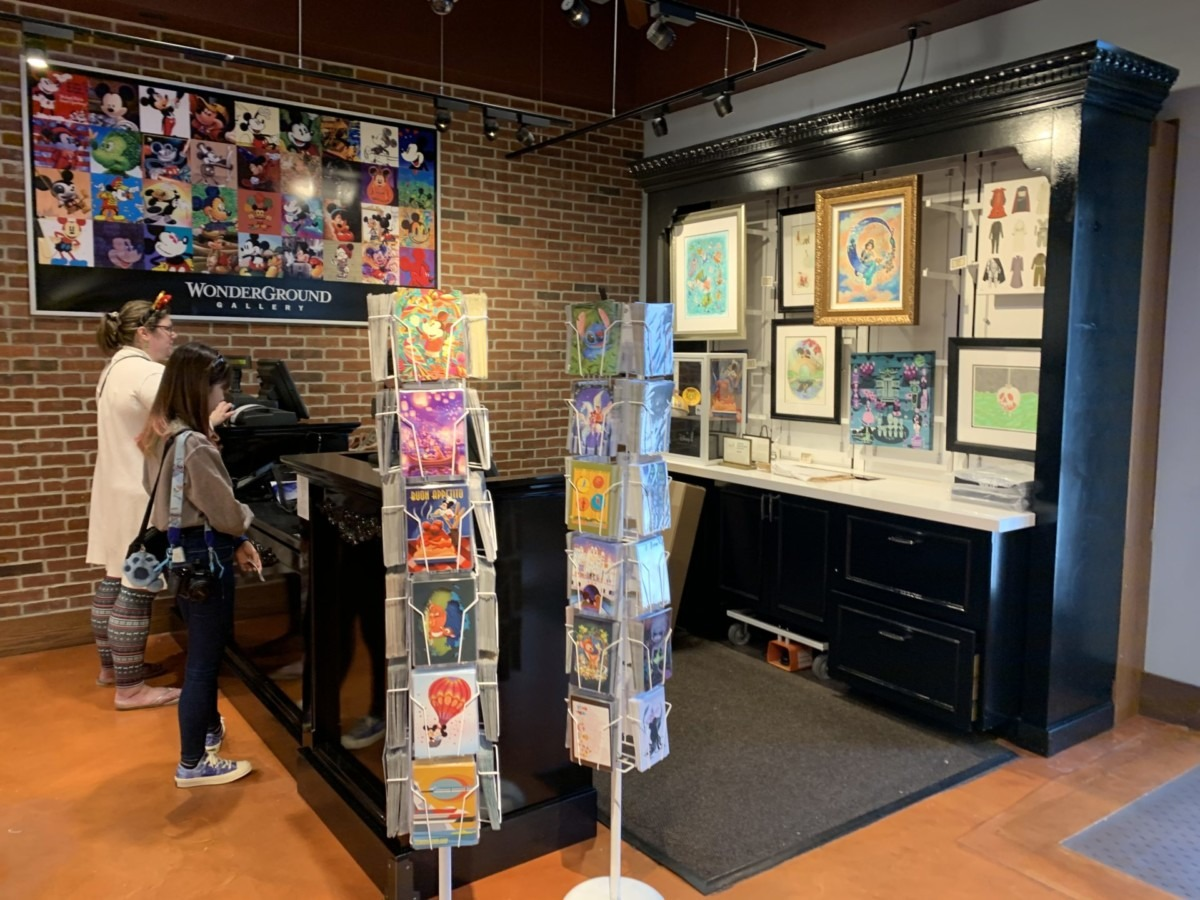 Stores Flip Flop At The Marketplace Co-Op In Disney Springs 9