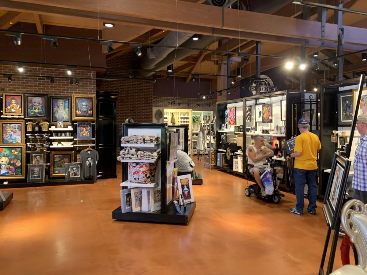 Stores Flip Flop At The Marketplace Co-Op In Disney Springs 11