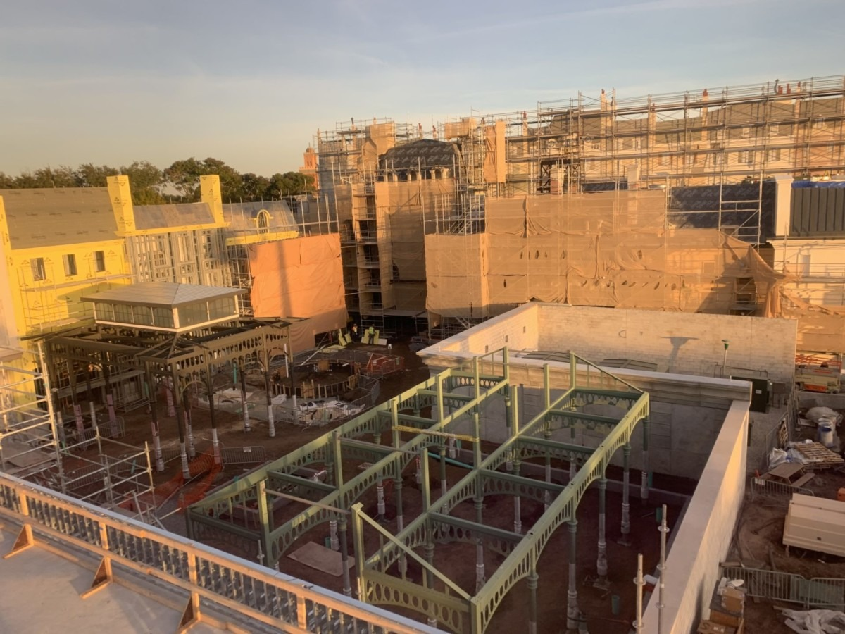 Construction Update for the Ratatouille Attraction at Epcot (pics) 4