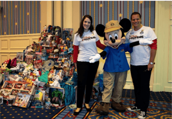 Disney VoluntEARS at Disneyland Paris