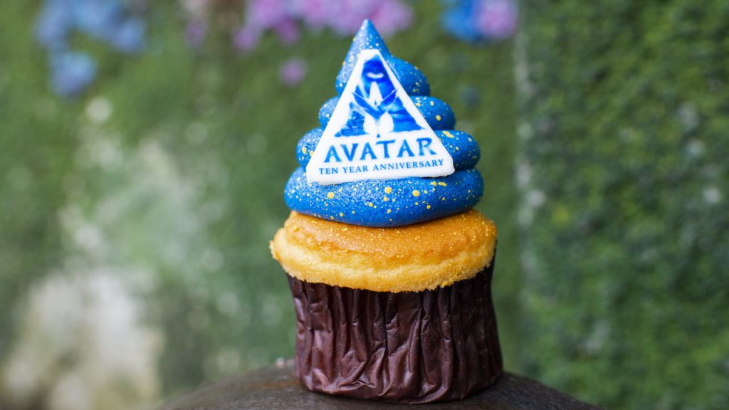 Cupcake in honor of 10-year Anniversary of 'Avatar'