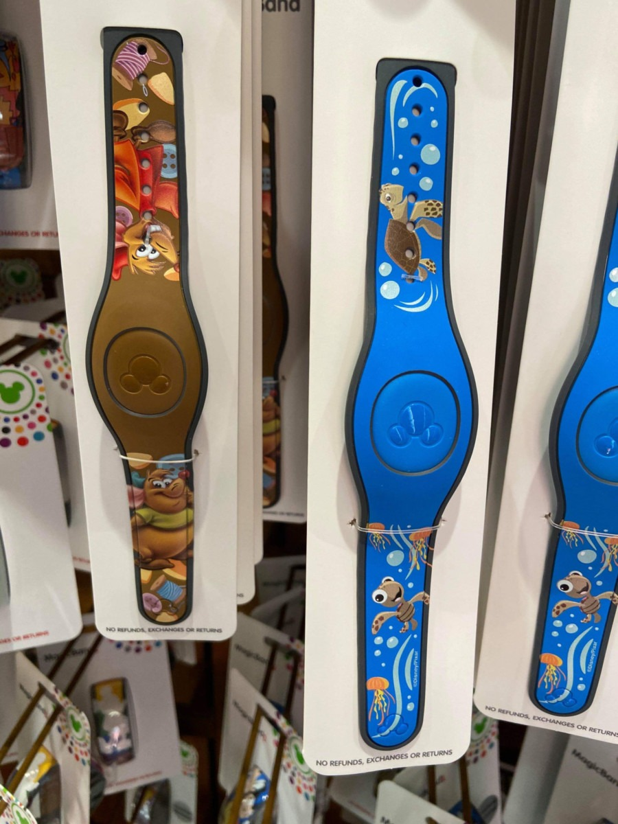 Current MagicBand Styles at Disney Parks! 4