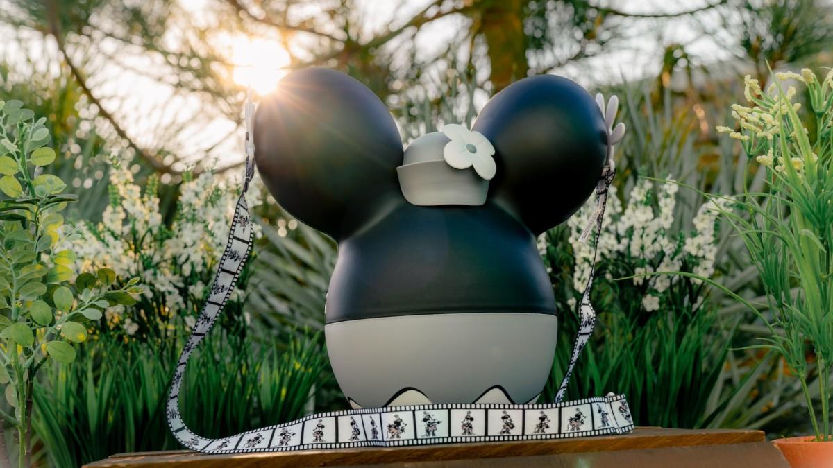 Steamboat Minnie AP Popcorn Bucket Coming to Disneyland 1
