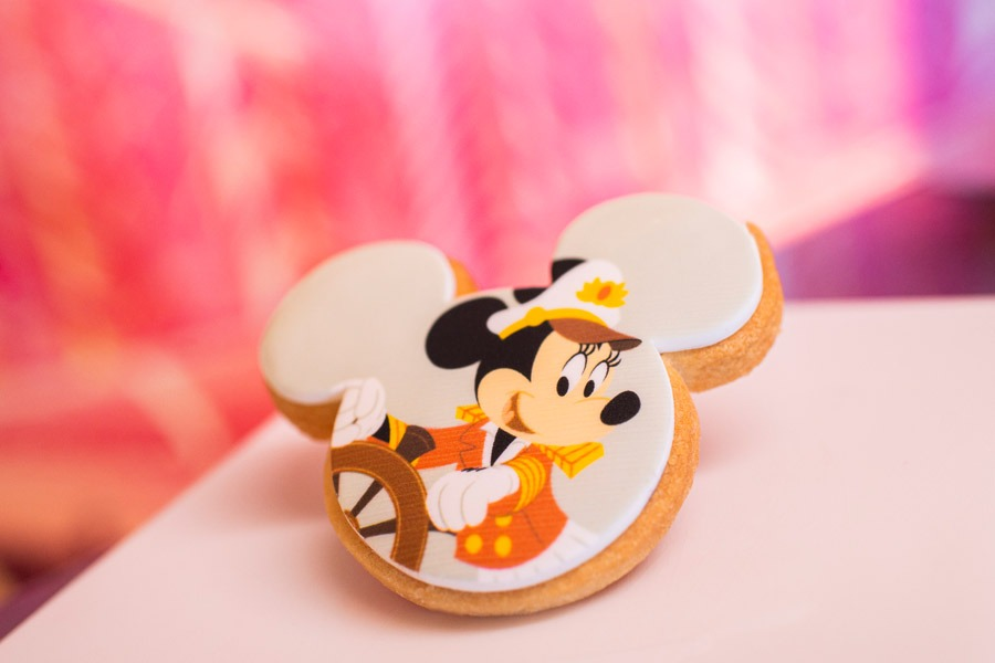 Captain Minnie Mouse Cookie