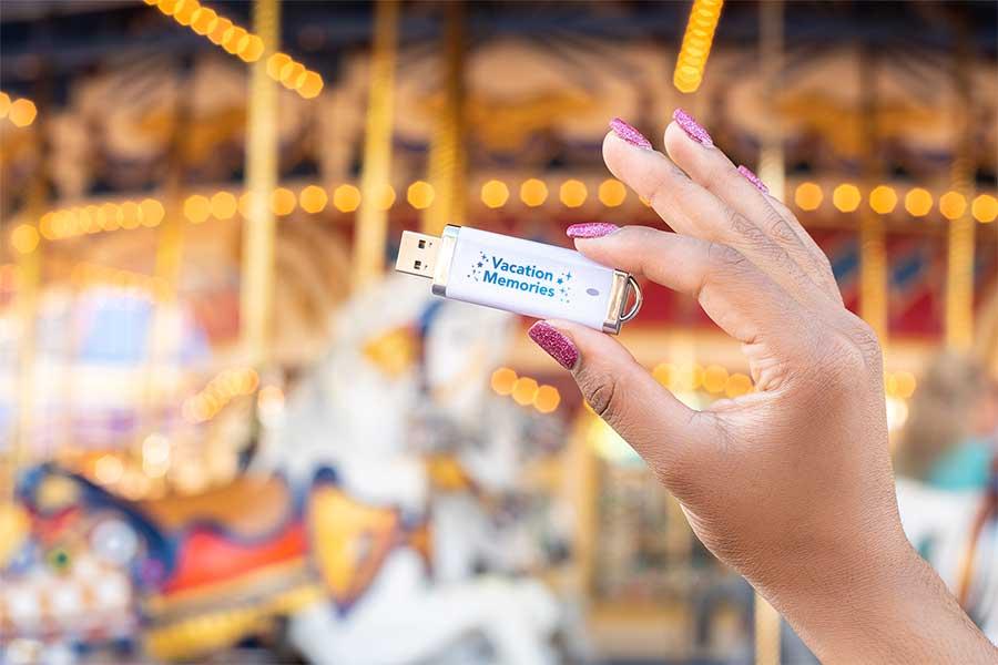 The new Disney PhotoPass Archive USB.