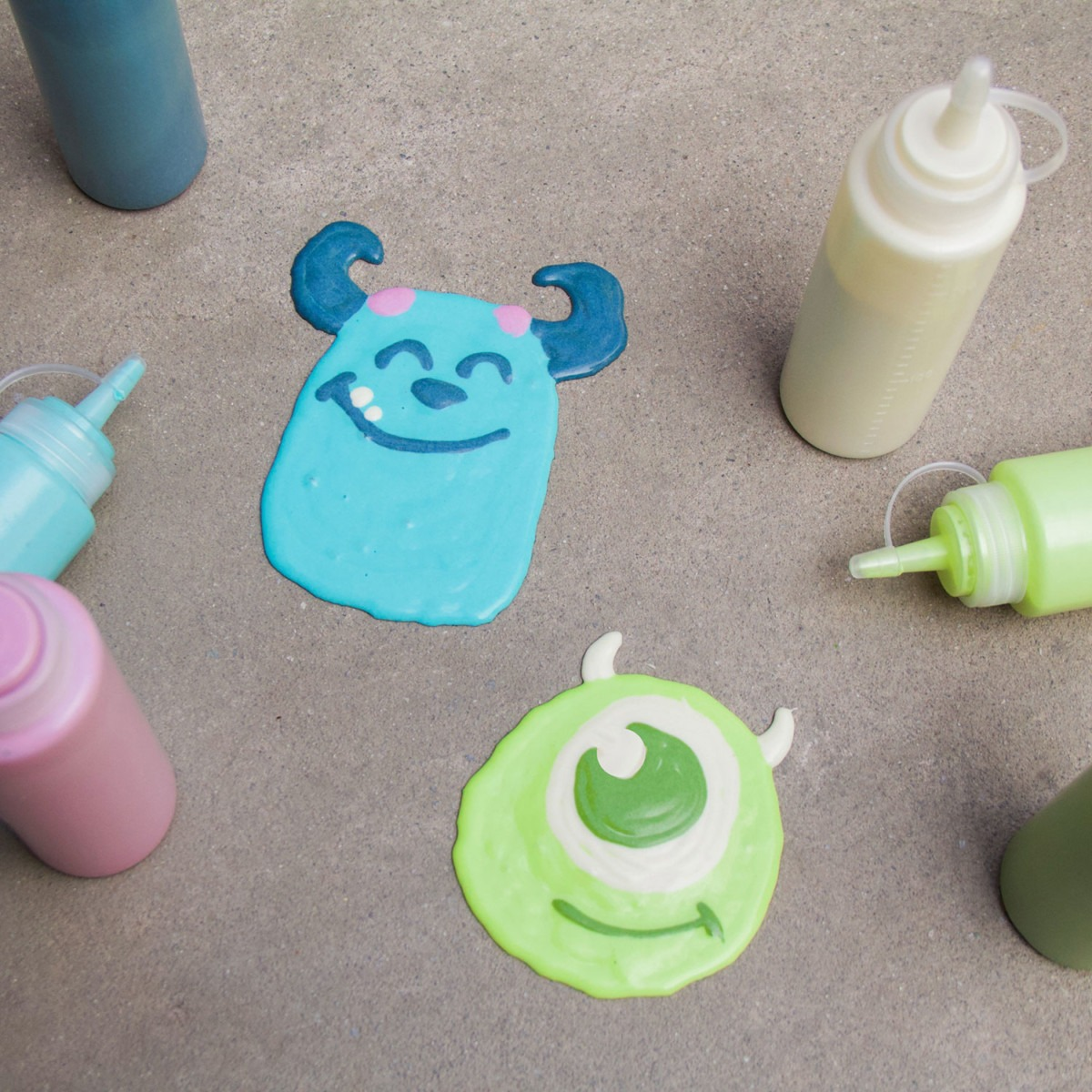 How to Make Your Own Mike & Sulley Sidewalk Art 3