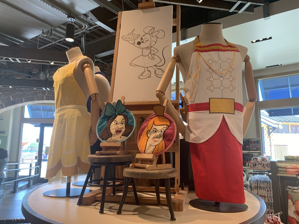 Character Fun for the Kitchen! #disneysprings 2