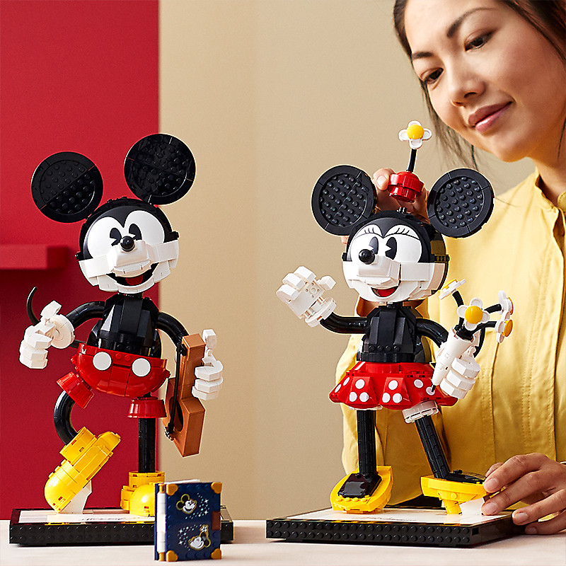 New Mickey and Minnie LEGO Pre-order on shopDisney 1