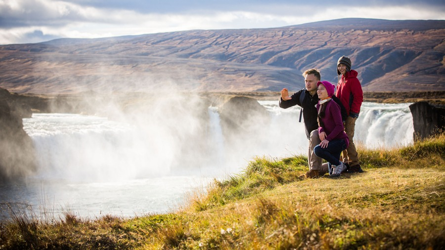 Adventure guide and guests in Iceland