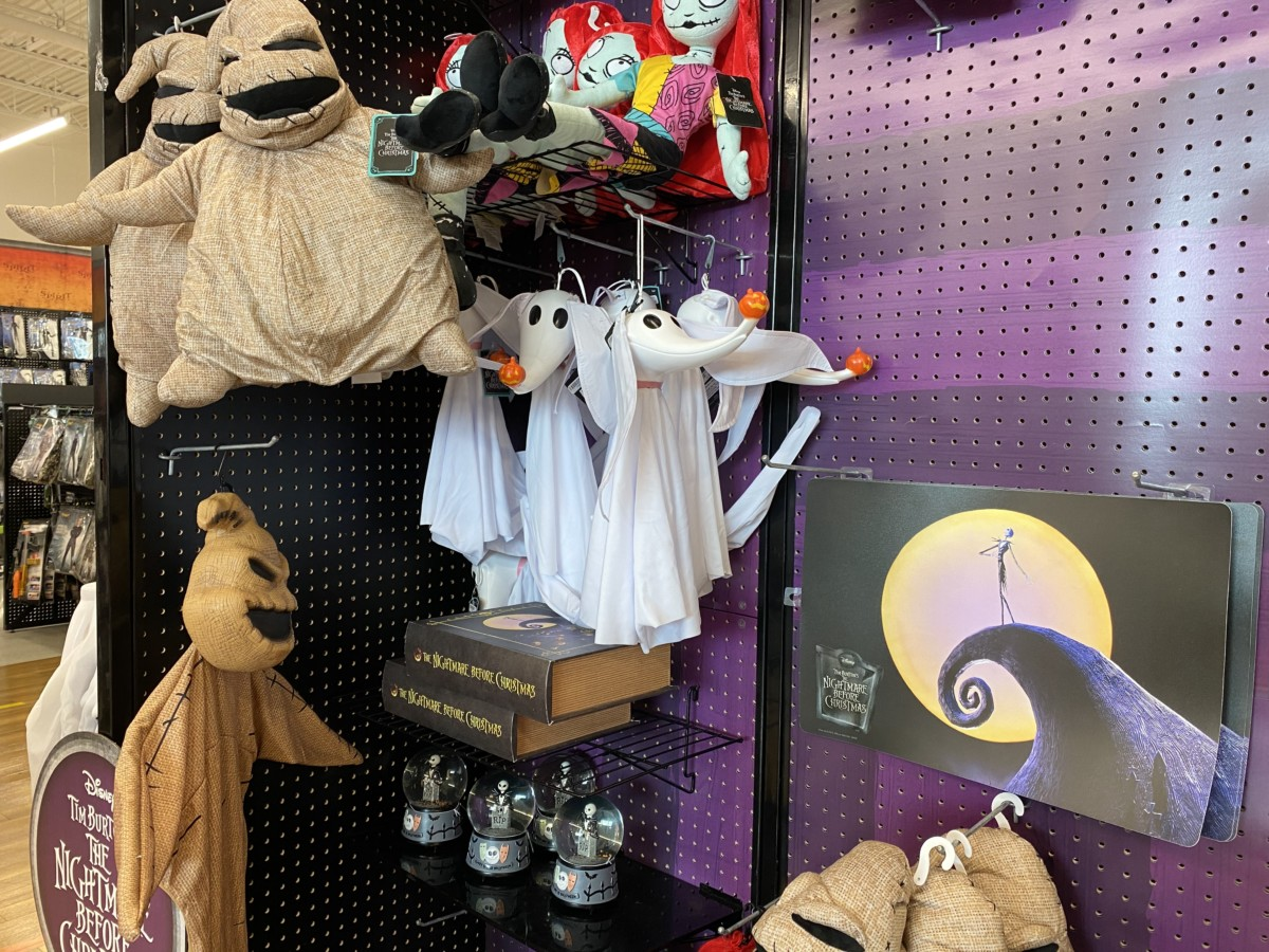 See What's New at Spirit Halloween! Disney decor and more! 9