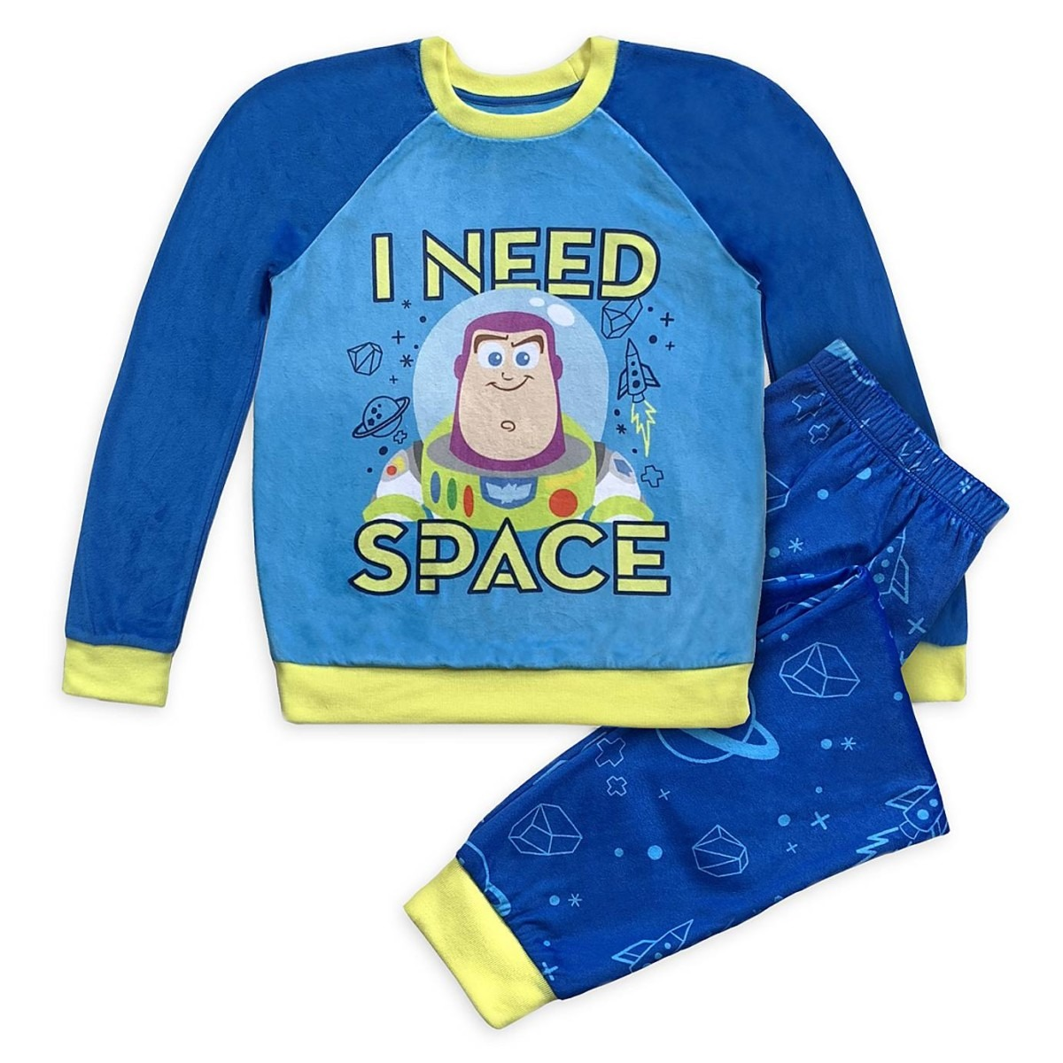 Let Your Kids Sleep in Disney Style With This New Magical Sleepwear 5