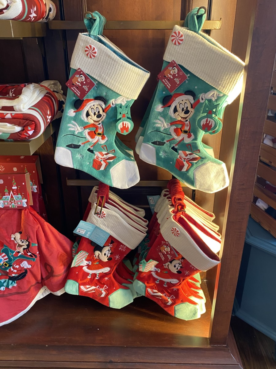 New Holiday Merchandise at Walt Disney World! 11