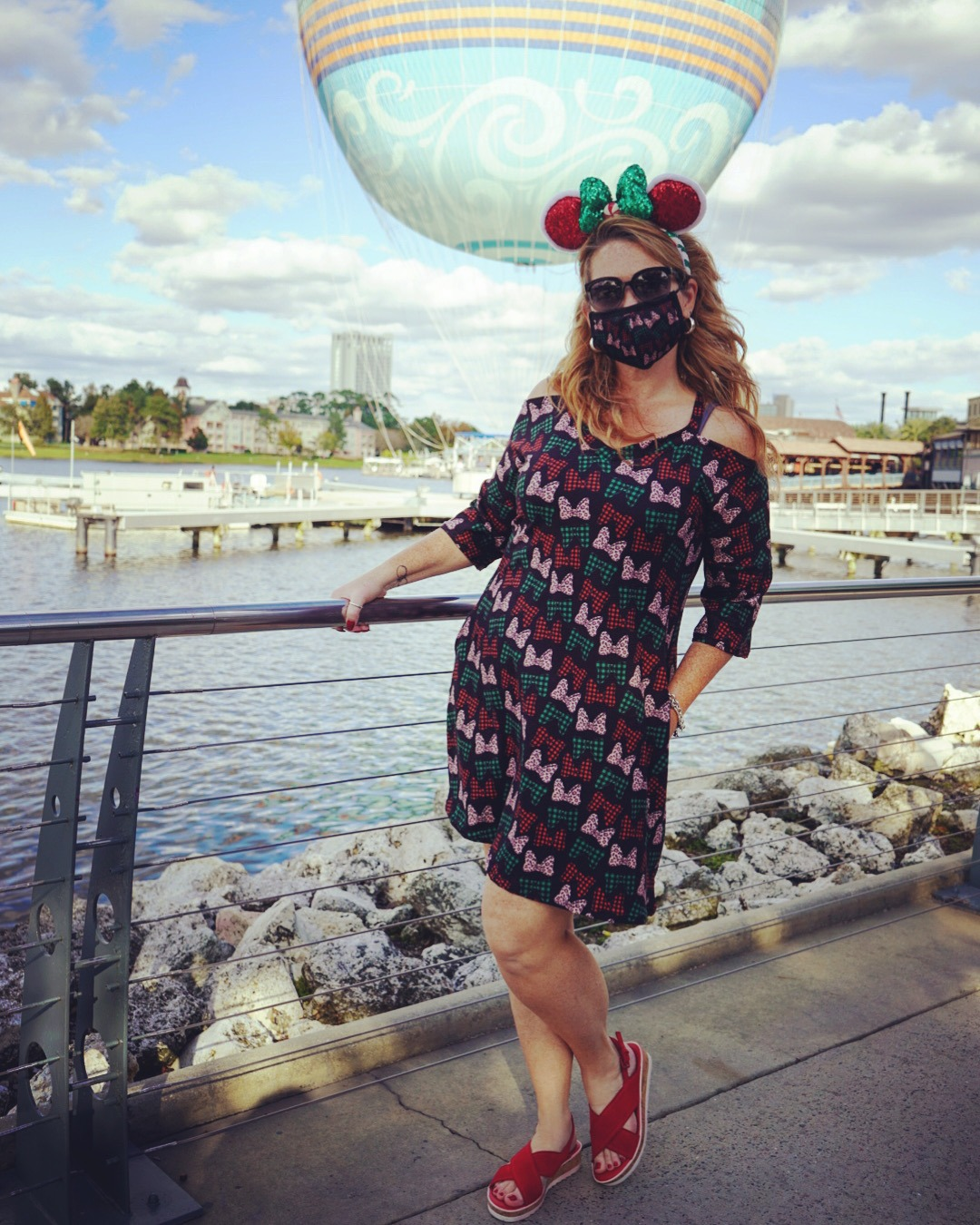 Magical (and Affordable) Holiday Style for All Sizes! #disneylife 6