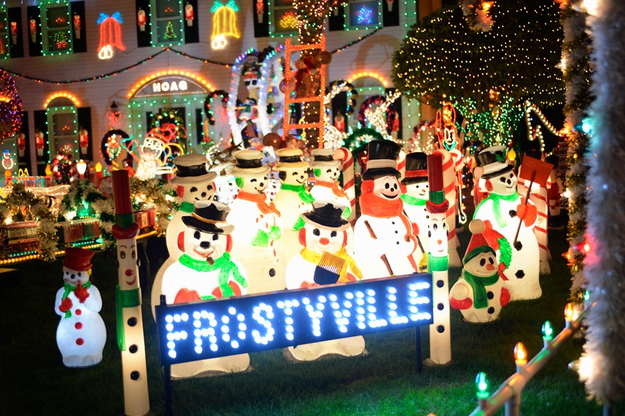 """""""The Great Christmas Light Fight"""" on ABC"""